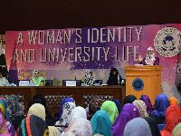 A Women Identity and Student life
